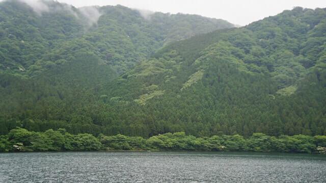 芦ノ湖の神々